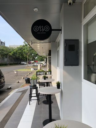 Foto 8 - Interior di Oiio Bistro oleh @Sibungbung