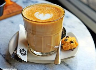 8 Coffee Shop di Gubeng Surabaya yang Menunya Enak