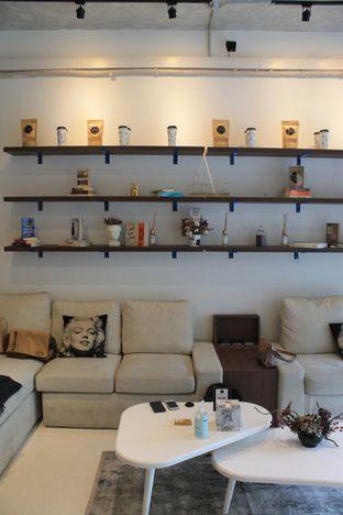 Foto review Living-Room Coffeehouse oleh Prido ZH 7