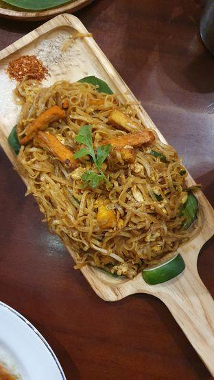 Foto 3 - Makanan di Larb Thai Cuisine oleh Naomi Suryabudhi