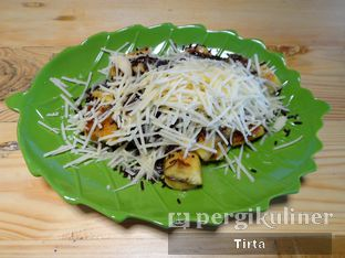 Foto review Roti & Pisang Bakar oleh Tirta Lie 2