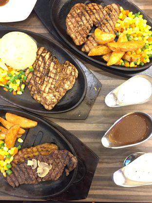 Foto 14 - Makanan di Steak 21 oleh yudistira ishak abrar