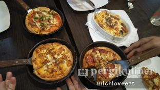 Foto 3 - Makanan di Pizza Hut oleh Mich Love Eat