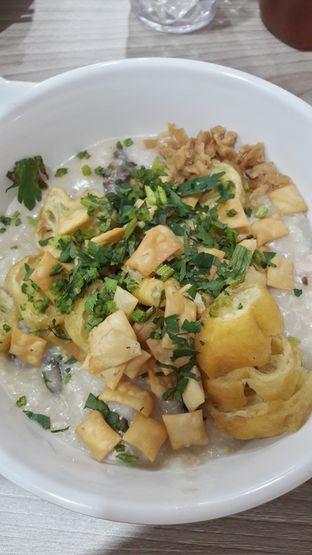 Foto 1 - Makanan di Bubur Hioko oleh Andri