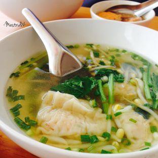 Foto 2 - Makanan di Bakmi Lamlo oleh Astrid Wangarry
