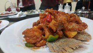 Foto 7 - Makanan(ikan gurame asem manis) di Gunung Mas oleh Evelin J