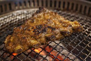 Foto 1 - Makanan(Galbi) di Cha Ra Da Korean Grill oleh Fadhlur Rohman