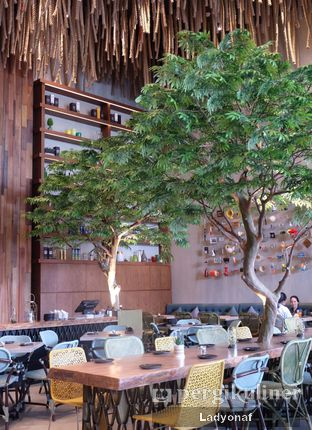 Foto 10 - Interior di Lalla Restaurant oleh Ladyonaf @placetogoandeat