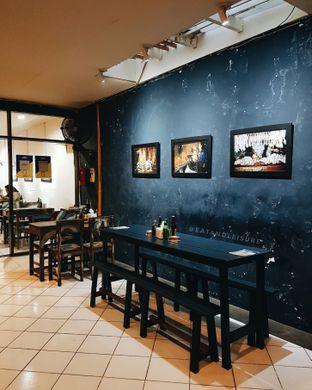 Foto 5 - Interior di Warung Kopi Imah Babaturan oleh Eat and Leisure