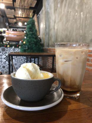 Foto 2 - Makanan(Pudding ice cream kopi susu) di Kocil oleh Dewi Halim