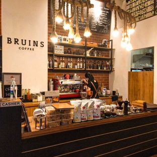 Foto review Bruins Coffee oleh duocicip  12
