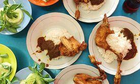Beqom Bebek & Ayam Goreng Pak Qomar