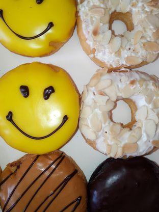 Foto review Dunkin' Donuts oleh Chris Chan 1