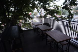 Foto 7 - Interior di KRAH Coffee & Cuisine oleh yudistira ishak abrar