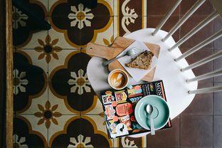 Foto - Makanan di Pigeon Hole Coffee oleh kneeko