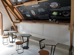 Foto 3 - Interior di Foresta Coffee - Nara Park oleh imanuel arnold