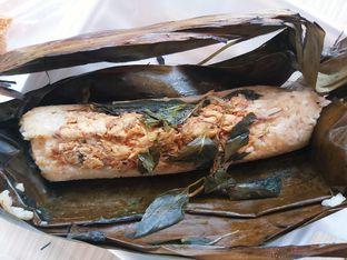 Foto 1 - Makanan(Nasi Bakar Tuna Rica-rica) di Nasi Bakar Bu Tuti Sundari oleh Kezia Kevina