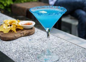 Nikmati Segarnya Minuman dari 7 Bar di Jakarta Pusat Ini