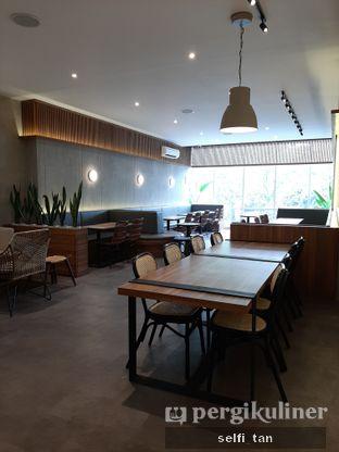 Foto 7 - Interior di Jiwa Toast oleh Selfi Tan