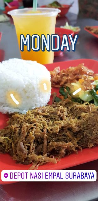 Foto 1 - Makanan di Nasi Empal Pengampon oleh Rizky Sugianto