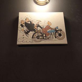Foto 6 - Interior di Lekker Dan Kopi oleh felita [@duocicip]