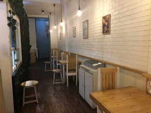 Foto 4 - Interior di Ciknic Roast Chicken oleh YSfoodspottings