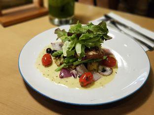 Foto 5 - Makanan di Kitchenette oleh Amrinayu