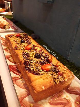 Foto 8 - Makanan di Catappa Restaurant - Hotel Grand Mercure Kemayoran oleh Maissy  (@cici.adek.kuliner)