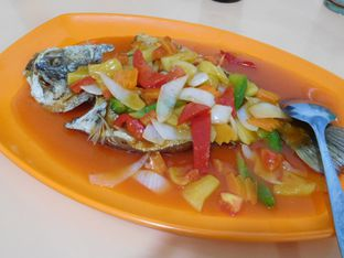 Foto review Masakan Medan Chinese Food Ayung 168 oleh Angelina wj 1