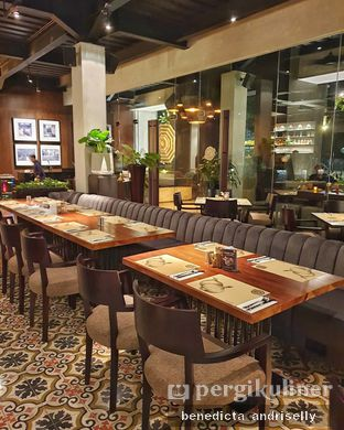 Foto 2 - Interior di Cutt & Grill oleh ig: @andriselly