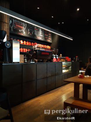 Foto 1 - Interior di Tanamera Coffee Roastery oleh Eka M. Lestari