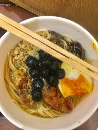 Foto 6 - Makanan di Universal Noodle Ichiro Chazuke Ramen Market oleh Prido ZH