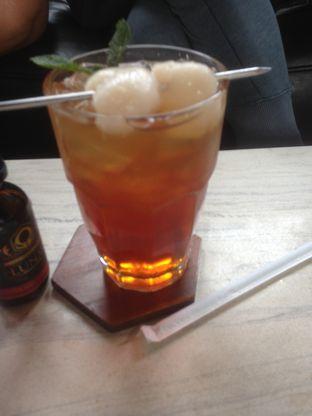 Foto 6 - Makanan(Ice Lychee Tea) di Raindear Coffee & Kitchen oleh Pria Lemak Jenuh