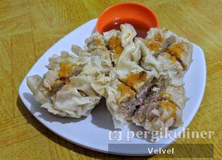 Foto 3 - Makanan(Siomay) di Mie Benteng oleh Velvel