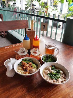 Foto review Bakso So'un & Mie Ayam TTD.47 oleh Clara Yunita 4