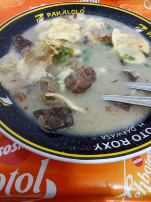 Foto 4 - Makanan di Soto Roxy H. Darwasa oleh Fuji Fufyu