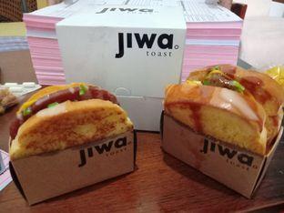 Foto - Makanan(Ham and Cheese & Spicy Bulgogi) di Jiwa Toast oleh Florentine Lin