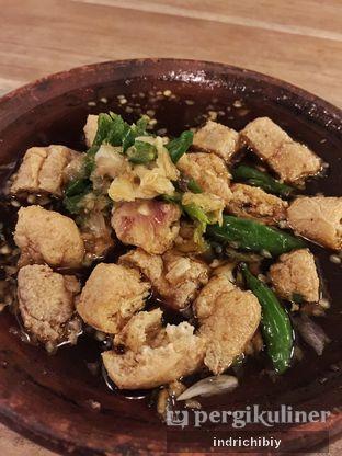 Foto 2 - Makanan(Tahu Gejrot) di Gerobak Betawi oleh Indriani Kartanadi