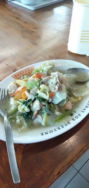 Foto 2 - Makanan(Capcay Seafood) di Eastern Kopi TM oleh Yoelia Ningsih