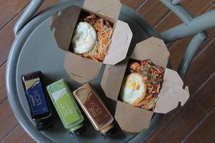 Foto review Coffee & Couple Cafe oleh Prido ZH 4
