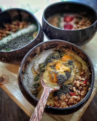 Foto 2 - Makanan(Mango Punch smoothies) di COCOBOWL oleh Daniel Wijaya
