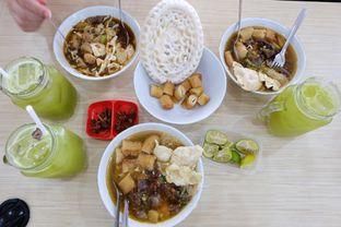 Foto 5 - Makanan di Soto Mie Sawah Lio oleh Yuni