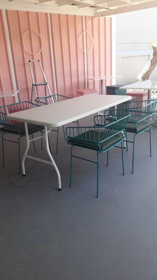 Foto 3 - Interior di Tjarani Cafe oleh Nadia Indo