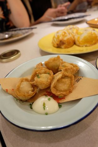 Foto review Ling Ling Dim Sum & Tea House oleh irena christie 5