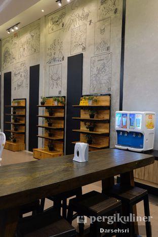 Foto 8 - Interior di Klenger Burger oleh Darsehsri Handayani