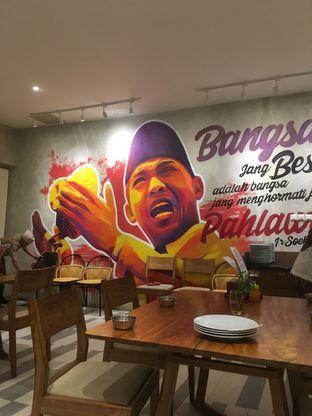 Foto 2 - Interior di Padang Merdeka oleh Prido ZH