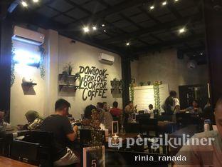 Foto 4 - Interior di Ali Kopi Roastery oleh Rinia Ranada