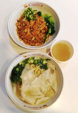 Foto 1 - Makanan di Golden Lamian oleh Pinasthi K. Widhi