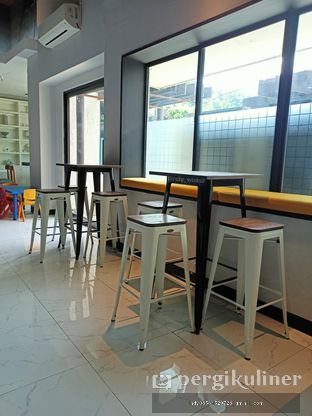 Foto 51 - Interior di Fish & Chips ThreeHouse oleh Ruly Wiskul