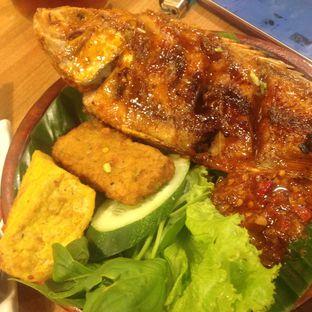 Foto 6 - Makanan(Ikan Nila Bakar Jimbaran) di D' Penyetz oleh Dianty Dwi